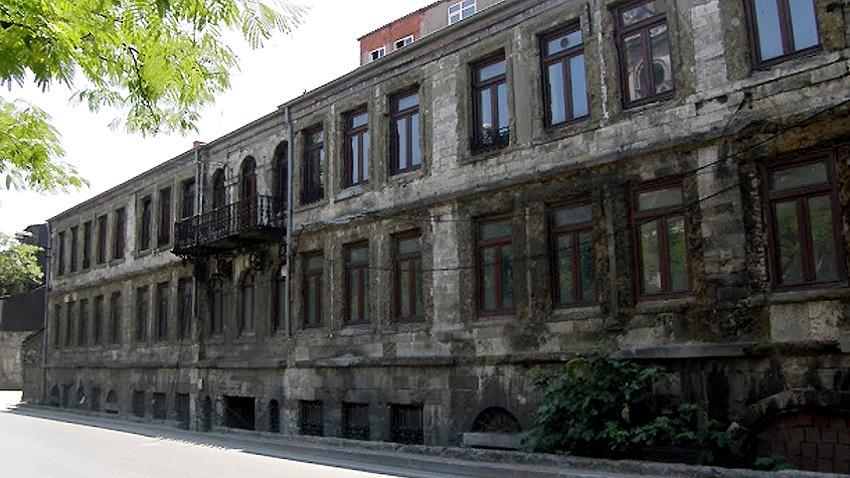 Здание метоха до реставрации