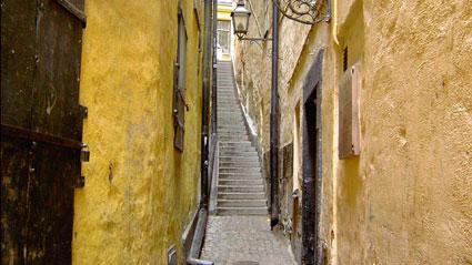 """Най-тясната улица в Стокхолм -  """"Мартен Тротцигс Гренд"""""""