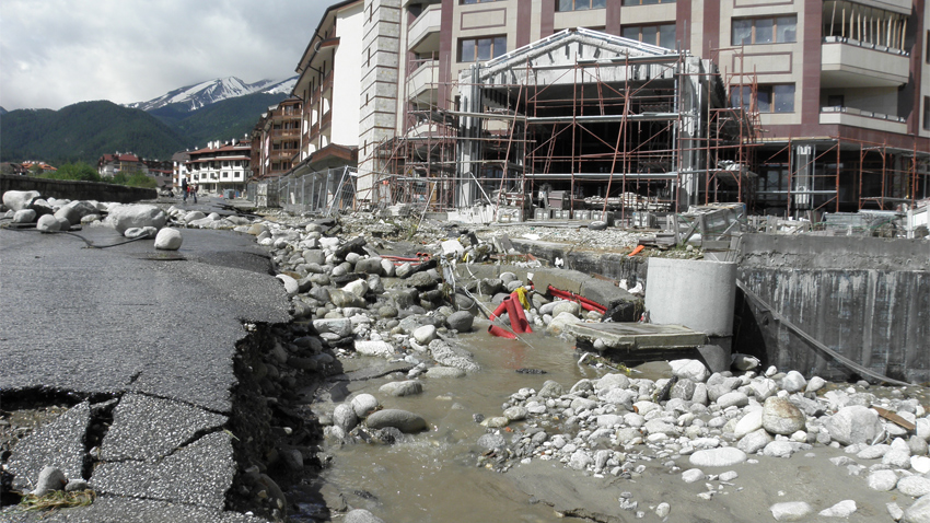 Damage caused by the overflow of the Glazne River in Bansko after the floods several years ago