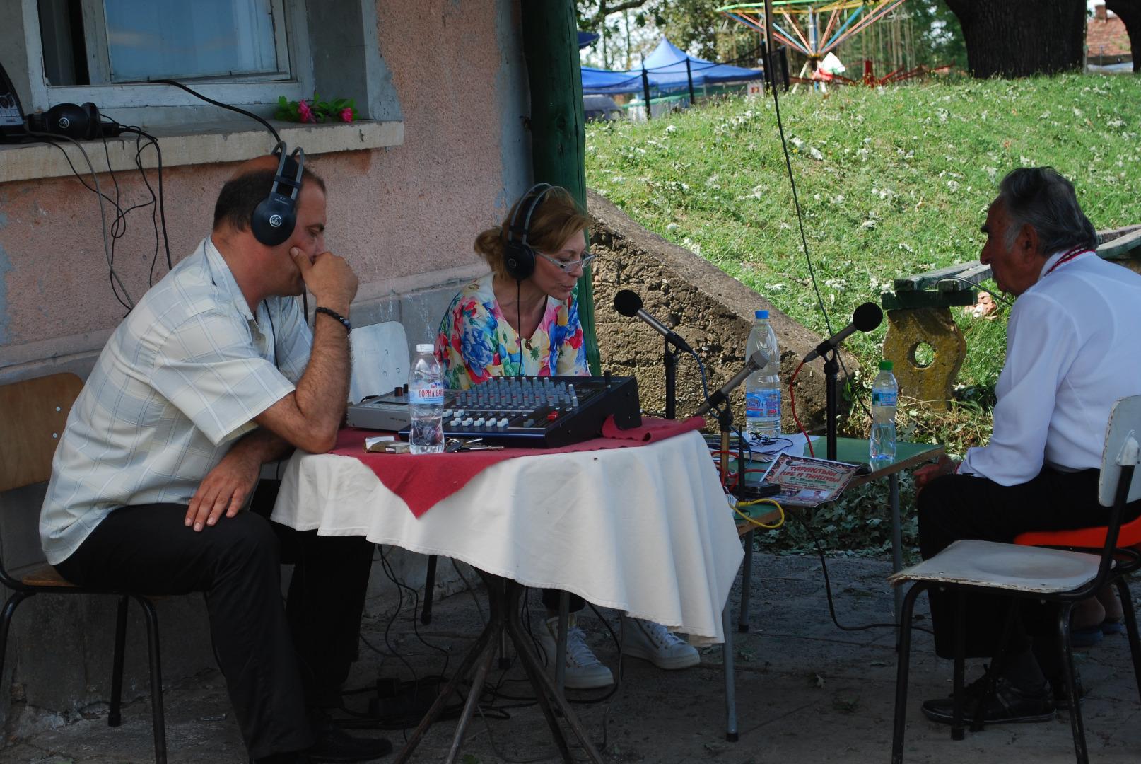 Председателят на  читалището в село Борислав Община Левски на живо в изнесеното студио на програма
