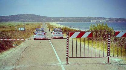 Преди пет години въпросният път (който не е път) беше затворен от тогавашния кмет Панайот Рейзи