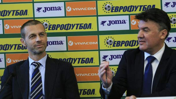 Aleksandër Çeferin nga UEFA (majtas) dhe Borisllav Mihajllov