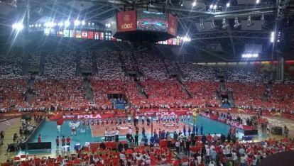 12 хиляди по трибуните празнуваха класирането на Полша на полуфиналите на световното