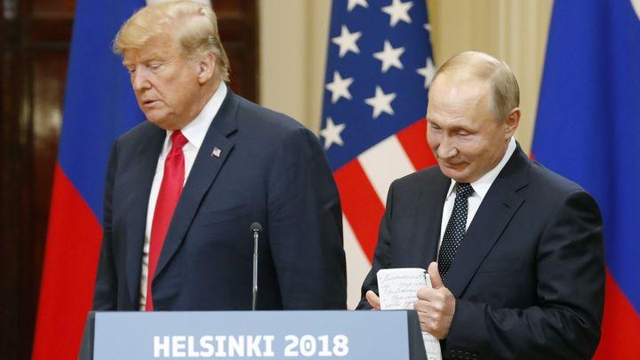 Доналд Тръмп и Владимир Путин на пресконференцията след срещата им в Хелзинки.