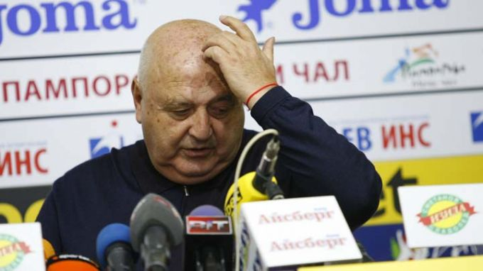 Шефът на Славия: Дано има по-малко скандали
