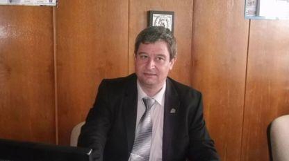 """Юлиян Петров - председател на синдикат """"Образование"""" към КТ """"Подкрепа""""."""