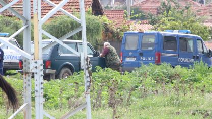 Мащбна акция на полиция и жандармерия се провежда в ромските махали на Гурково и Николаево.