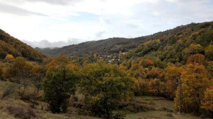 Красивата природа предлага успокояващи и лесни маршрути в Мелнишкия край.