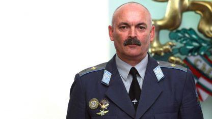Генерал-майор Михаил Попов