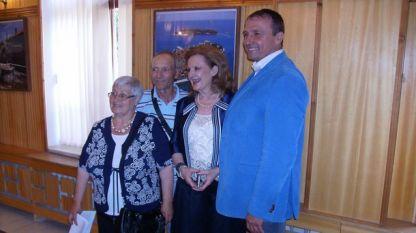 На откриването на изложбата присъстваше и посланикът на Хърватия у нас  Н. Пр. Лйерка Алайбег (втората отдясно наляво)