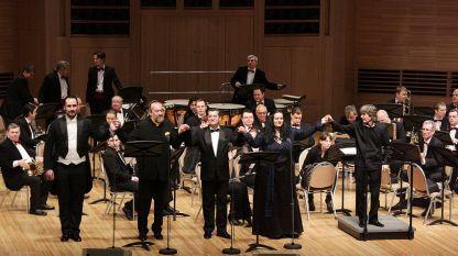 """Гала-концертът """"Гласовете на България"""" постави акцент върху пристрастията на великия артист към руския и западноевропейския репертоар."""