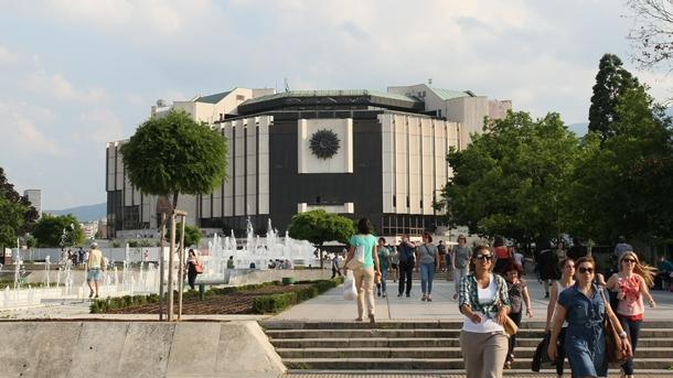 Сградата на Националния дворец на културата, където тече основен ремонт по повод предстоящото българско председателство на Съвета на Евросъюза през 2018 г.
