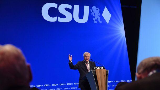 Лидерът на баварския управляващ Християн-социален съюз (ХСС) Хорст Зеехофер беше