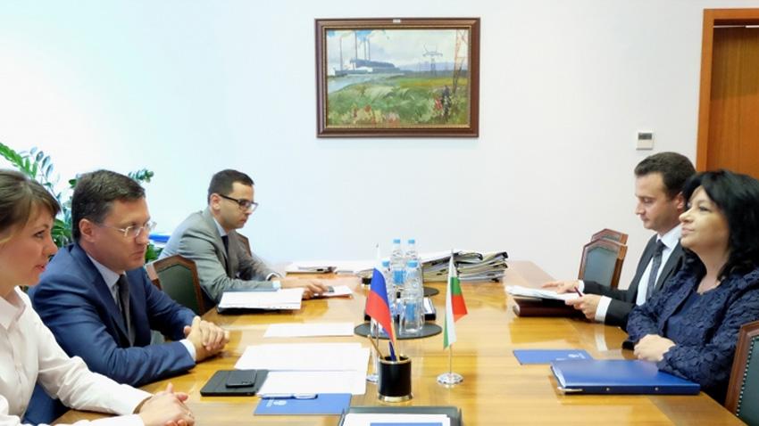 Takimi i Ministres Temenuzhka Petkova me Aleksandër Novak
