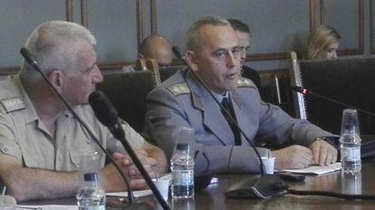 Началникът на НСО генерал-майор Данчо Дяков (вдясно) и началникът на отбраната ген. Андрей Боцев пред комисията по отбрана на НС.
