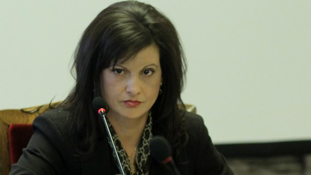 Д-р Дариткова: Скандалът с НЗОК може да блокира подписването на НРД (видео)