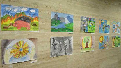 """Част от рисунките от изложбата """"Познати и непознати вдъхновения – 2""""."""
