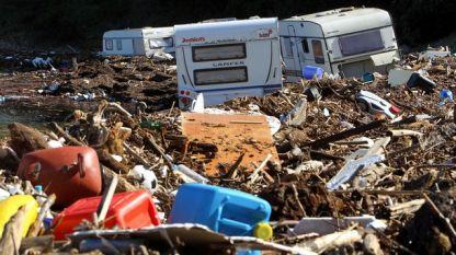 Проливните дъждове и през 2010 година увредиха къмпинг оборудване в района на Ситония, Халкидики