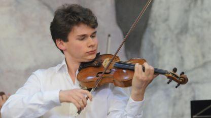 Елин Колев