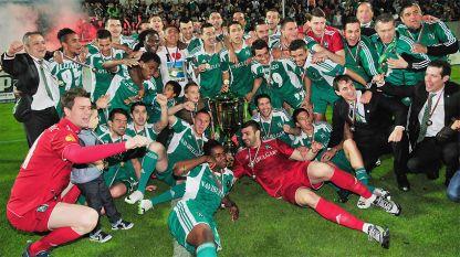 """Отборът на """"Лудогорец"""" ликува с третата си поред шампионска титла в българското футболно първенство."""