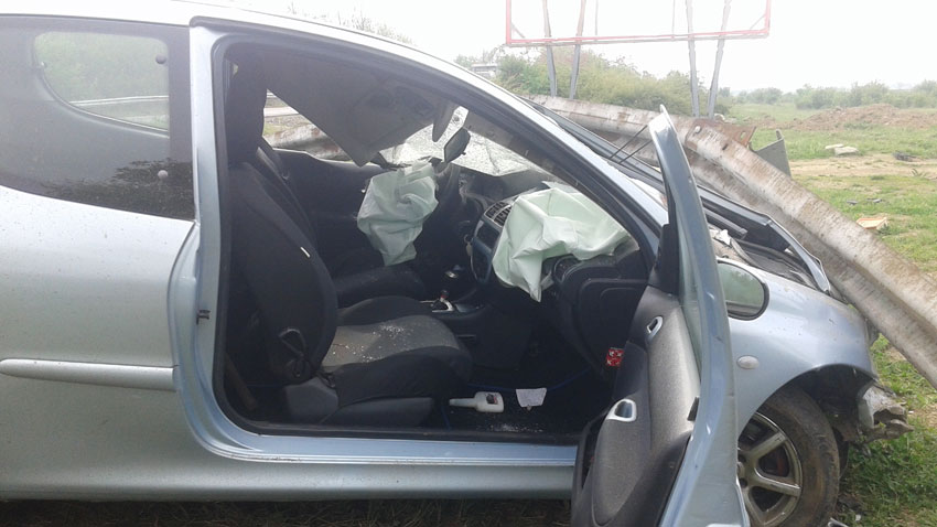 През почивните дни жена от Пловдив се отърва по чудо след инцидент на изхода от Казанлък към Стара Загора