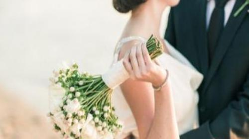 През последните години все повече младоженци се присъединяват към благотворителни