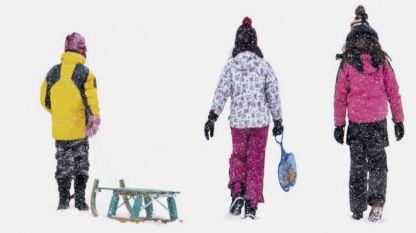 """Кадър от фотоизложбата """"Мястото, наречено детство""""."""