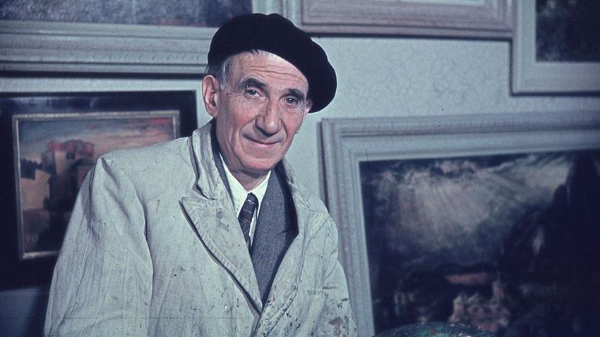 Цанко Лавренов в дома си в София, 1958 г.