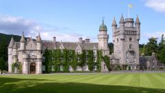 Замъкът Балморал в Северна Шотландия.
