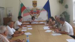 Секретарят на община Белоградчик Албена Бакалеева води консултациите за съставите на секционните избирателни комисии