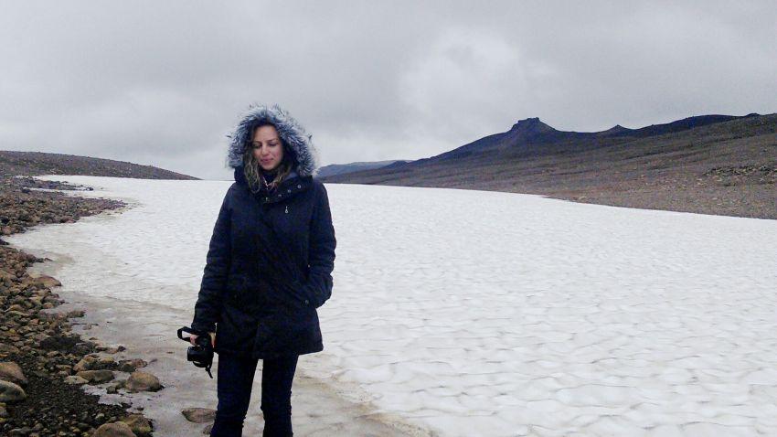 Деница Стоянова в долината Калдидалур в Исландия