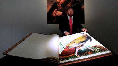 """Рядко първо издание на """"Птиците на Америка"""" на представянето му в аукционната къща """"Кристис""""."""