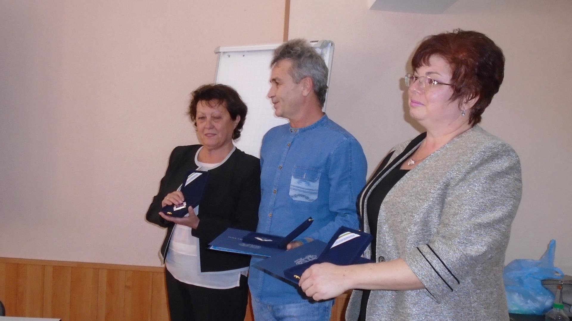 Д-р Галина Вутова, д-р Румен Раев, д-р Даниела Кънева /отляво надясно/