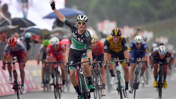 Ирландецът Сам Бенет спечели 12-ия етап в колоездачната обиколка на Италия