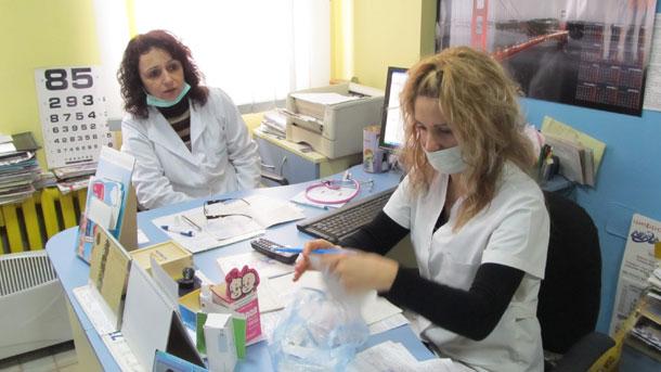 Шест мобилни лекарски кабинета са предоставени от Министерство на здравеопазването