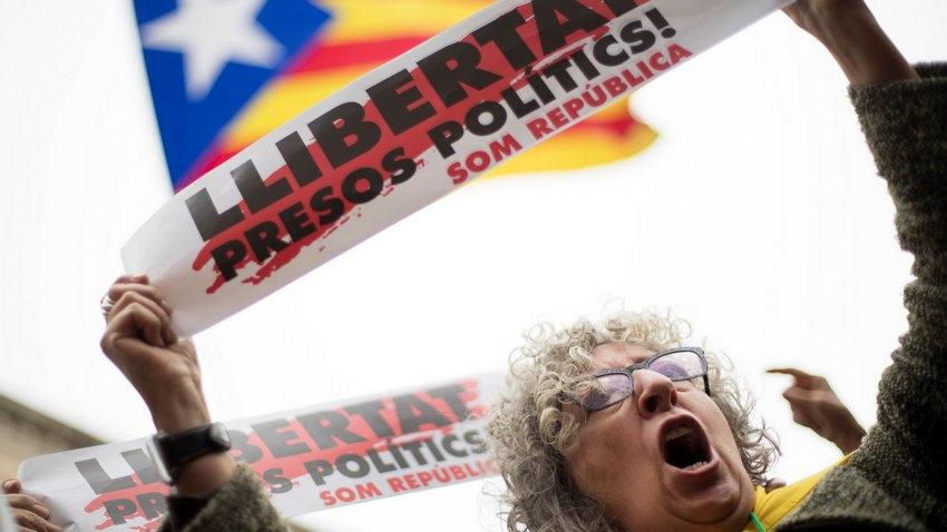 За да бъде освободена под гаранция председателят на каталунския парламент