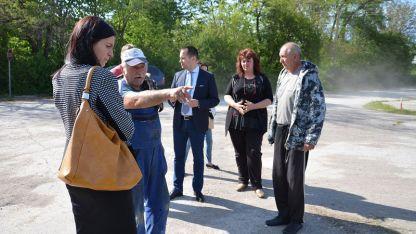 Кметът на Враца Калин Каменов се срещна с хората в двете врачански села.