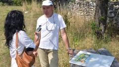 Георги Терзиев на пленер по живопис в село Гара Орешец