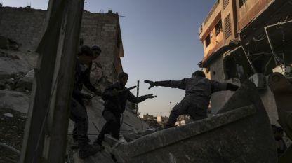 Твърденията за жертвите при отблъснатата атака в Източна Сирия идват на фона на продължаващите правителствени бомбардировки срещу държания от бунтовници район Дума край Дамаск.