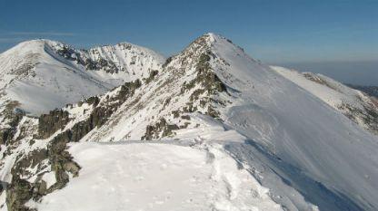 Най-трудните акции за спасителите са свързани с търсене на пострадалите, посочи директорът на Планинската спасителна служба Емил Нешев.