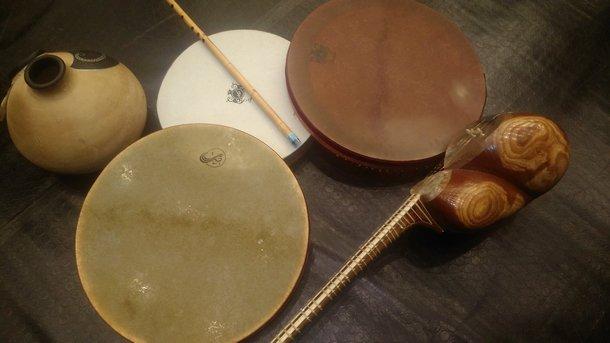 Даф, тар, кусе - традиционни музикални инструменти от Иран