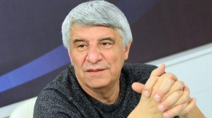проф. Пламен Павлов