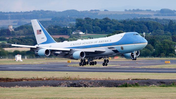 """Американската самолетостроителна компания """"Боинг"""" получи договор на стойност 3,9 милиарда"""