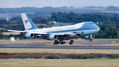"""""""Еър форс 1"""" каца на летище в Шотландия при неотдавнашната визита на US президента Доналд Тръмп във Великобритания."""