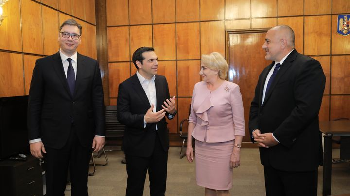 Бойко Борисов, Виорела Дънчила, Алексис Ципрас и Александър Вучич (от дясно на ляво) на срещата в Букурещ.