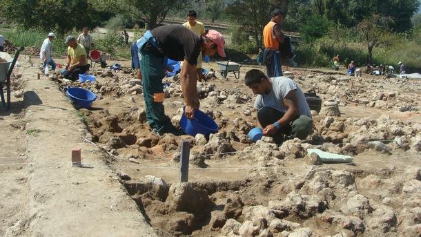 Археологическите разкопки до АМ