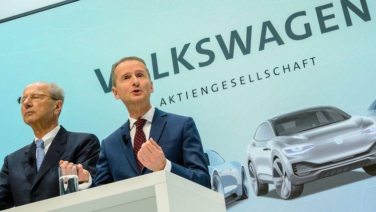 Херберт Дис (вдясно) е новият генерален директор на