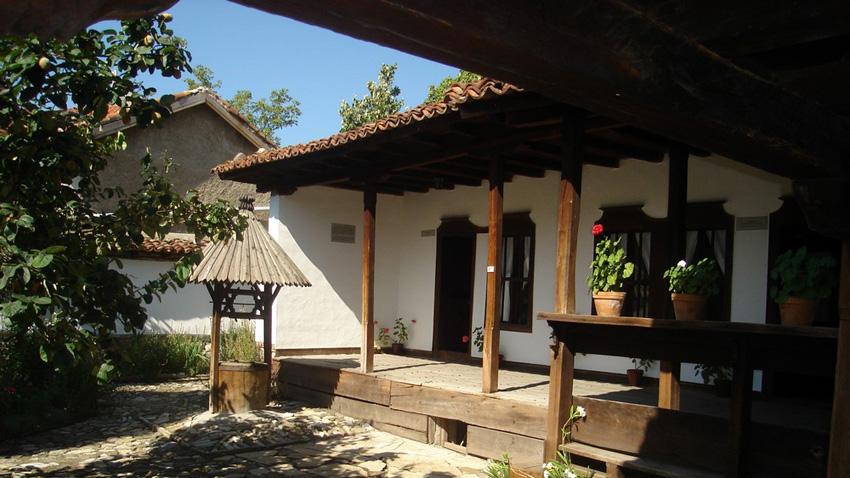 """Изглед от къща-музей """"Хаджи Димитър"""" в Сливен."""