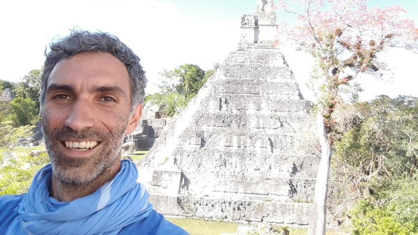 Георги Христов в древния град на маите в Гватемала - Тикал.