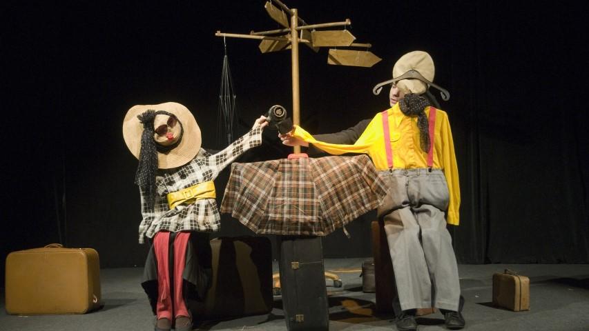 Спектакълът ПЪТЕШЕСТВИЕТО на видинския куклен театър скоро няма да се играе, защото декорите за него бяха в откраднатия микробус